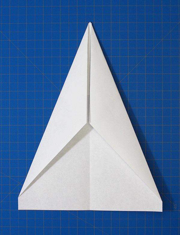 Vika pappersflygplan – Pilen – Gloop
